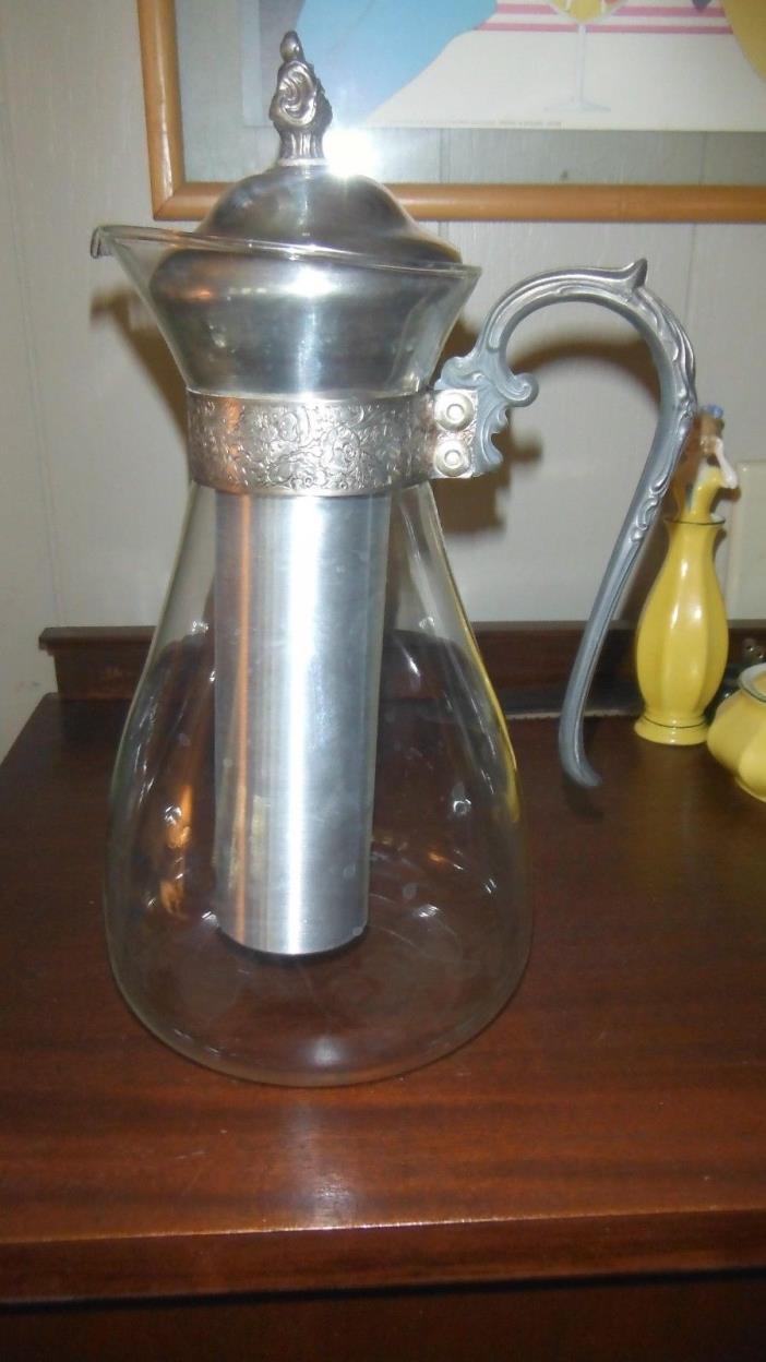 Vintage White Wine Iced Tea Glass & SP Carafe Ice Insert Cooler Freezer Tube