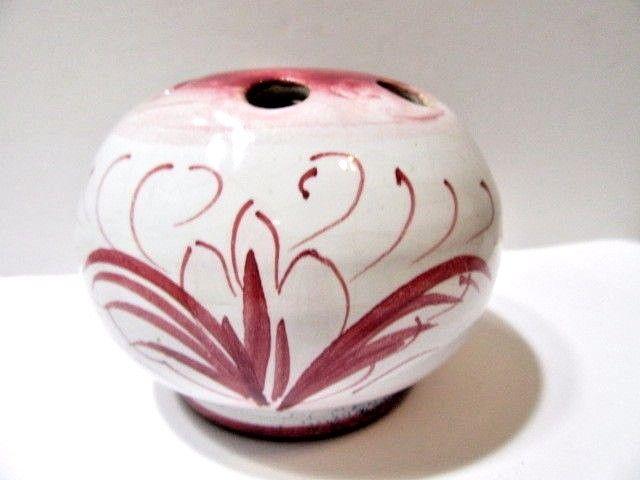 ITALIAN FLOWER FROG CRANBERRY WHITE SWIRL DESIGN CERAMIC ARTSY ROUND