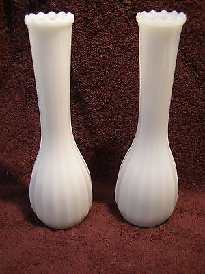 2 Beautiful Matching Vintage Flower Vases White Milk Glass 8-3/4