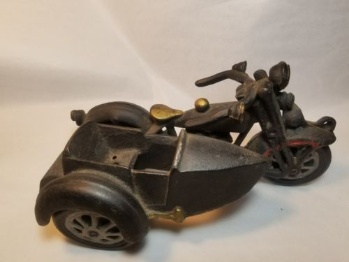 Vintage Cast Iron Motorcycle with Side Car Harley Davidson ARCADE? HUBLEY? MINT