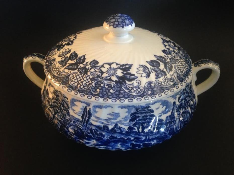 Vintage Staffordshire Tureen Elizabethan Blue White Barralls covered 2pc England