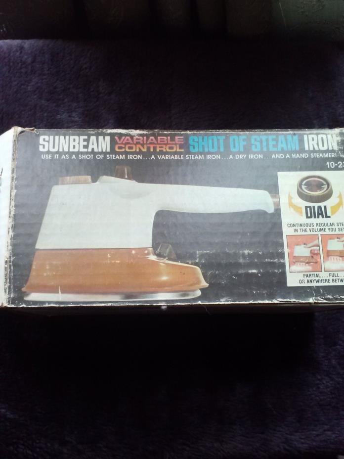 1977 Sunbeam Variable Control Shot of Steam Iron No.10-23 Travel Size Variable