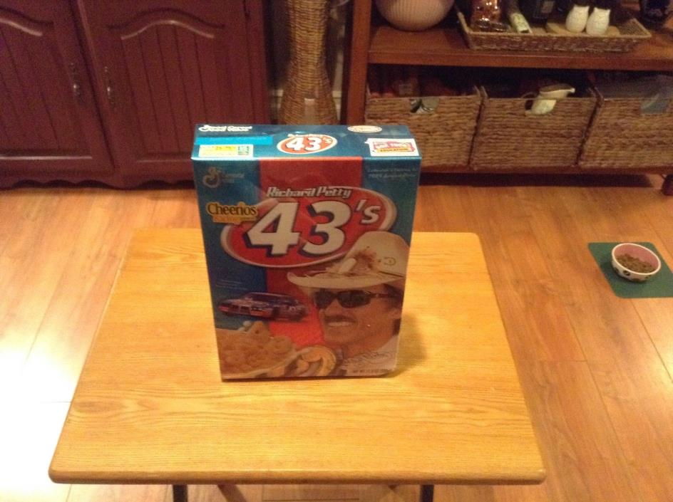 Richard Petty 43's Cheerios Cereal Box Unopened NASCAR 200 wins 7X Champ