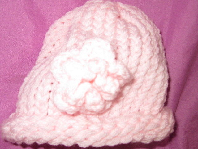 BABY GIRL'S CROCHET/KNIT HAT WITH FLOWER/PINK