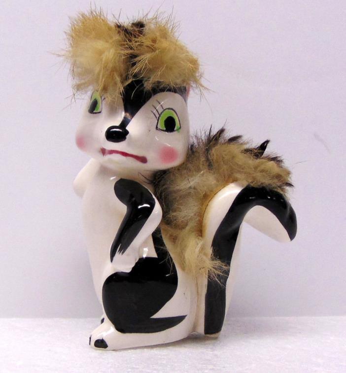 Skunk with Attitude, Ceramic Figurine, 4½