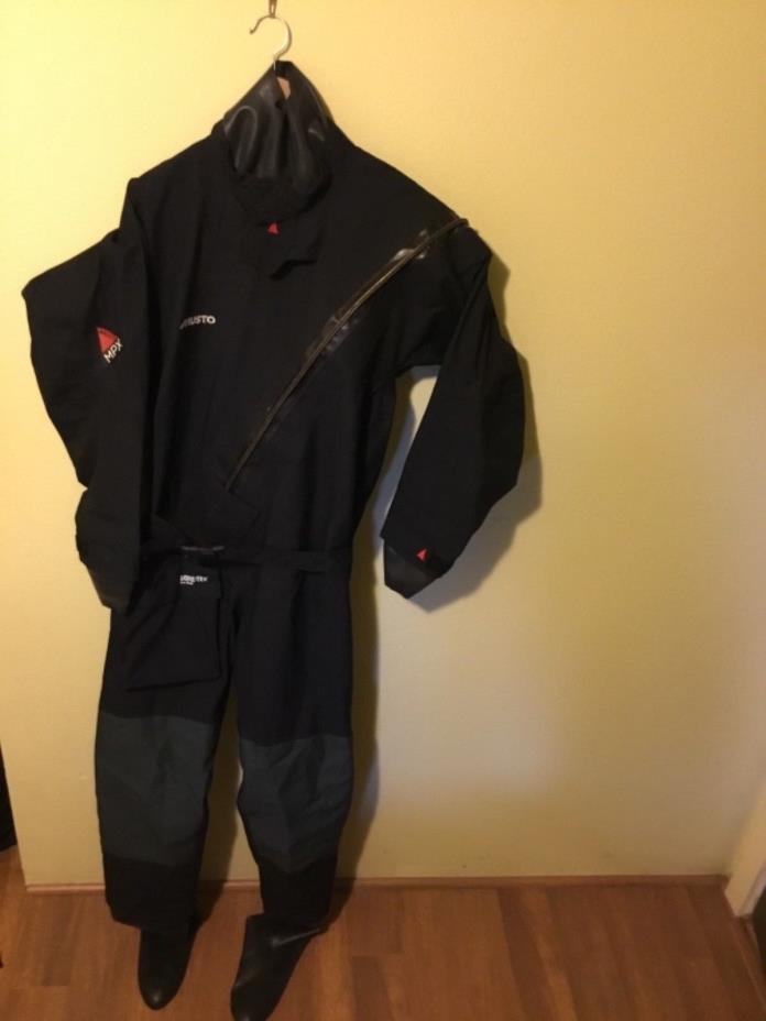 MUSTO MPX  Dry Suit MEDIUM