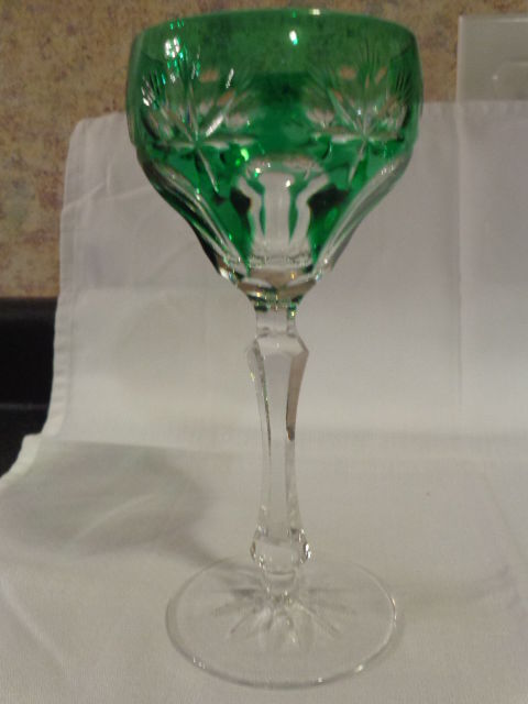 GREEN CUT TO CLEAR CRYSTAL WINE GLASS