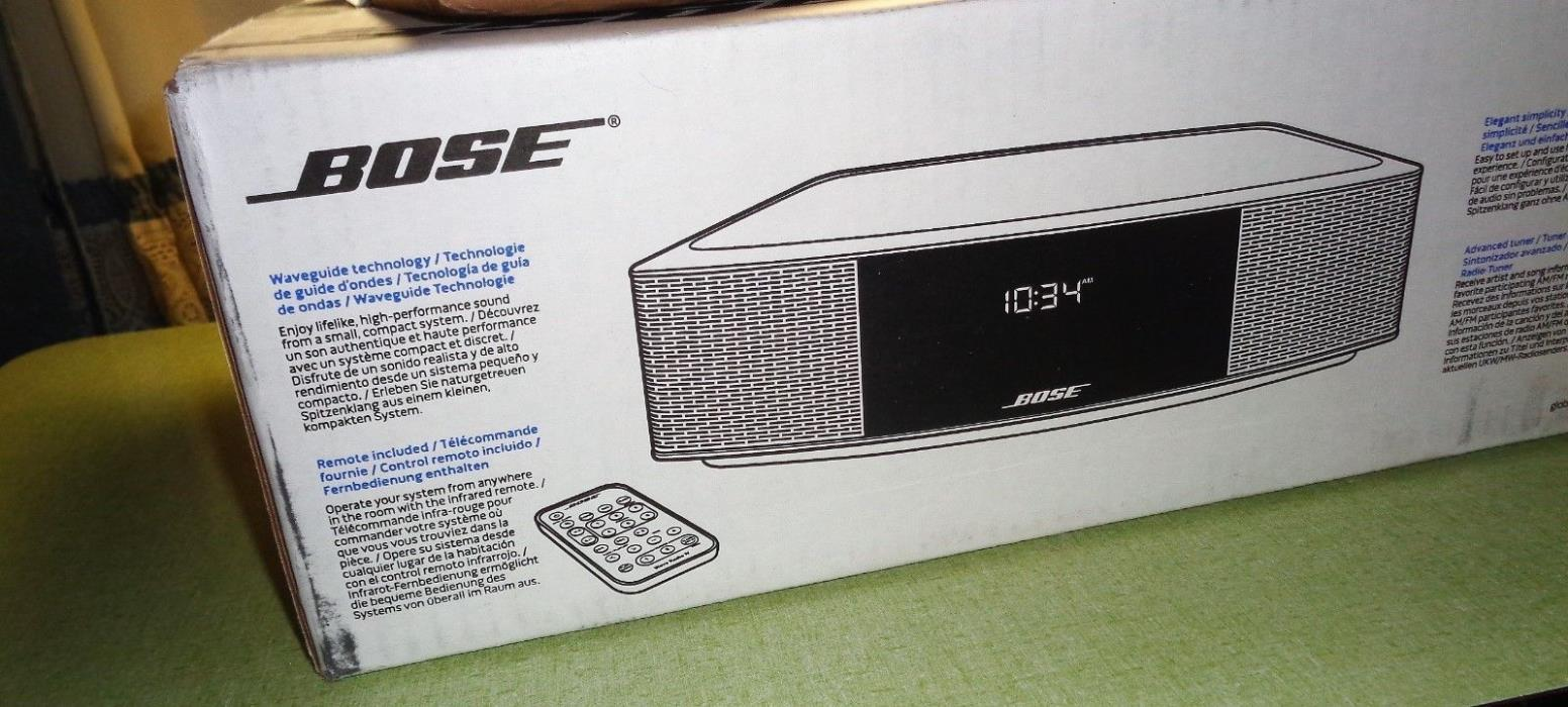 BOSE Wave IV Radio AM/FM Aux with remote & aux cable platinum silver open box