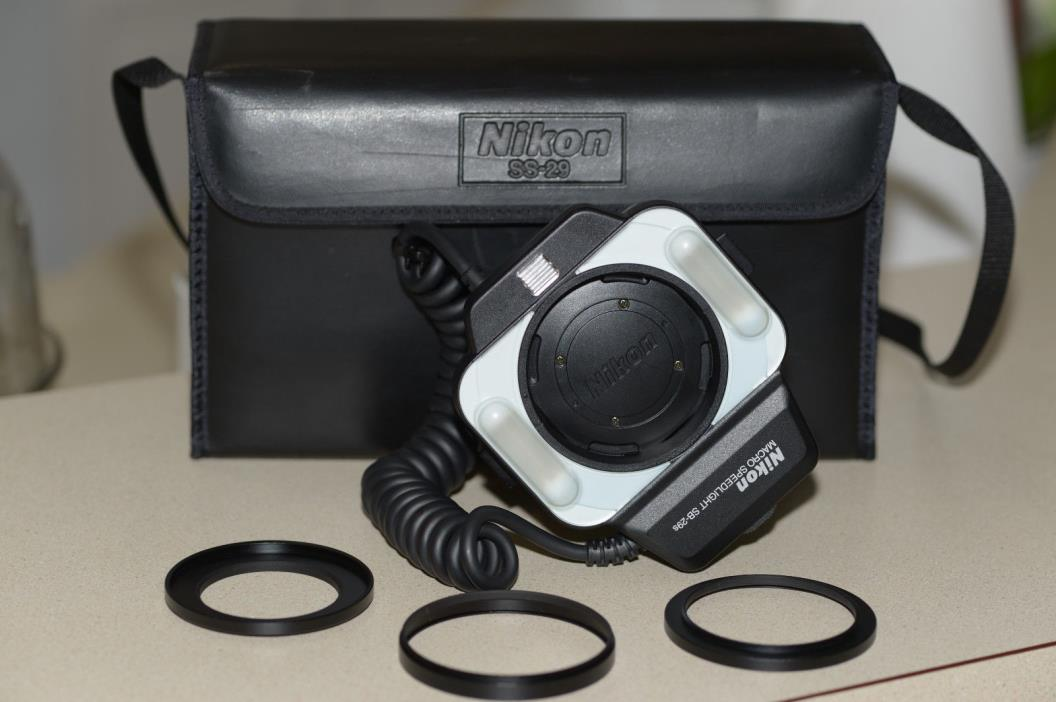 Nikon Speedlight SB-29s Macro Ring Flash w/72mm 62mm 52mm adapter rings and case