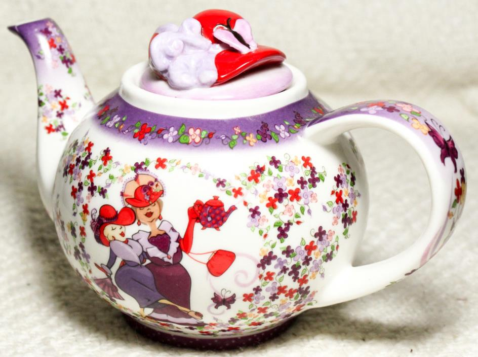 2004 Red Hat Society Paul Cardew Design Tea Time Teapot Betty Never Used