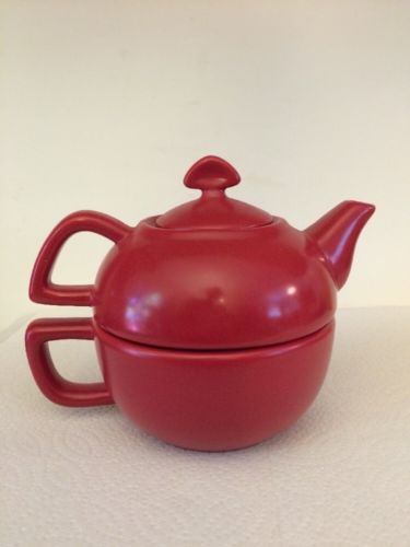 Chantal Red 2 Piece Teapot Mug Cup 2 in 1 Set 13oz No Tags Never Used 92-TPC10