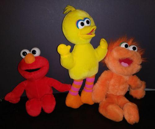 3 Sesame Street Dolls 14