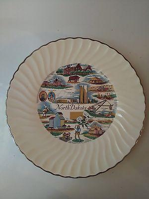Vintage NORTH DAKOTA STATE SOUVENIR COLLECTOR WALL PLATE Decor 9 1/2