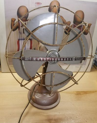 Vintage Westinghouse Oscillating Electric Fan Metal Base EUC WORKS GREAT! U.S.A.