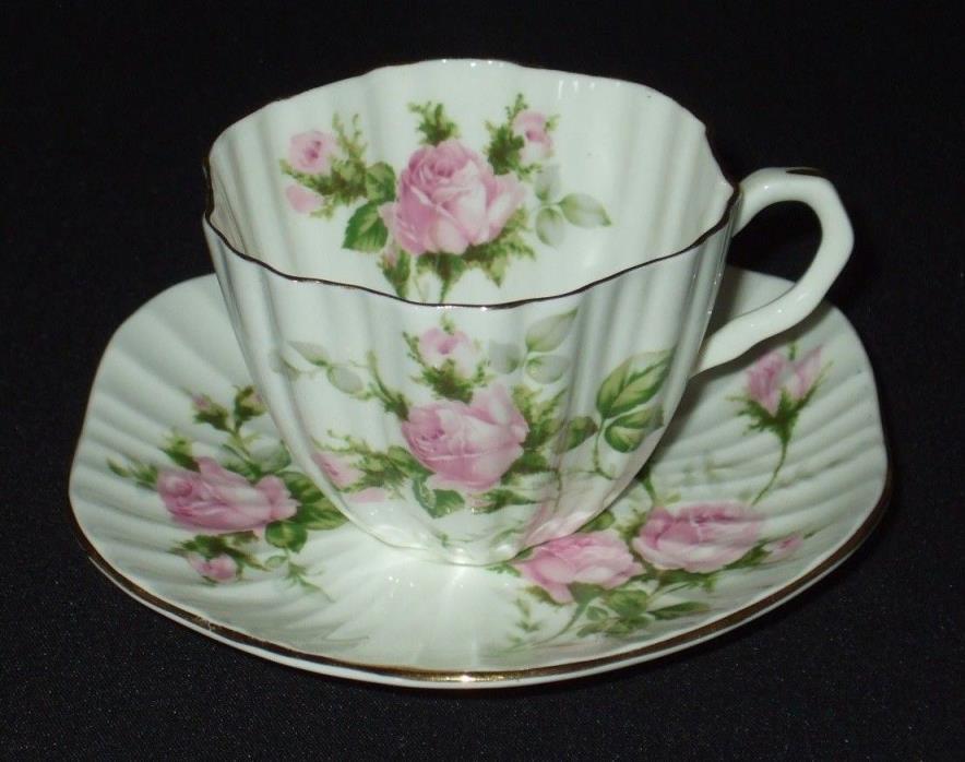 HEATHCOTE 5631 Antique Tea Cup Saucer Set Fine Bone China Teacup Roses Gold Rim