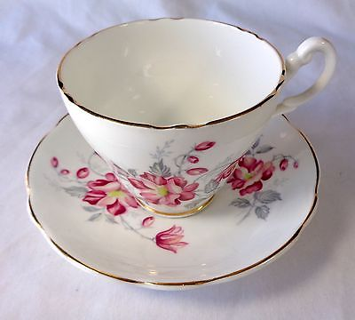 Vtg Fine Bone China Teacup & Saucer Royal Ascot Lilies Lily Flowers England