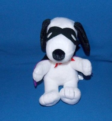 Peanuts Snoopy Vampire stuffed Plush Only at Hallmark beanie 7
