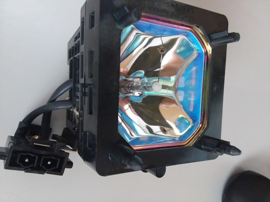 TV Lamp XL-5200 / F93088600 for SONY KDS-50A2000, KDS-50A2020, KDS-55A2000, KDS-