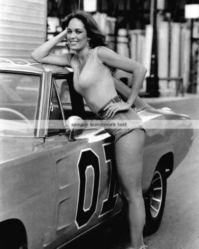 THE DUKES OF HAZZARD GENERAL LEE WITH CATHERINE BACH DAISY DUKE PHOTO--PICK SIZE