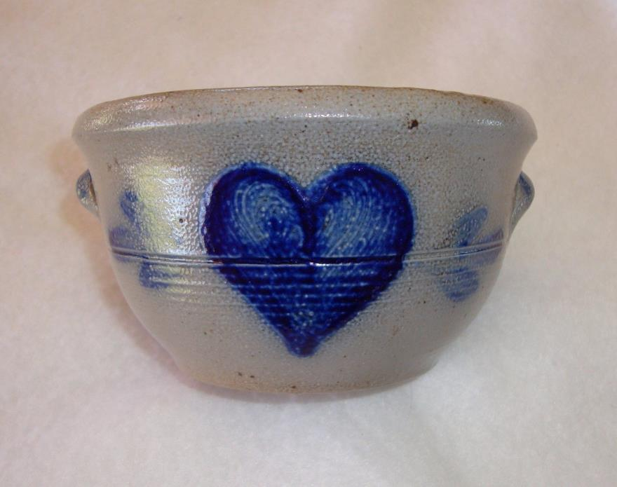 ROWE Pottery Bowl with Handles / Hand Painted Cobalt Blue Heart Design 1987