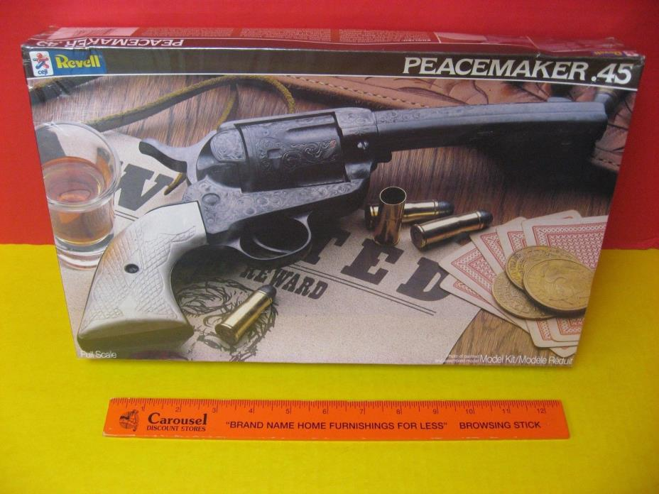 1985 REVELL / CEJI MEXICO - SINGLE ACTION ARMY SAA COLT .45 PEACEMAKER REVOLVER