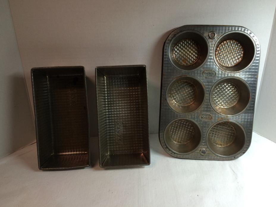 Lot 3 Vtg Ovenex Waffle Bakeware Pans-Muffin x-60 Ekco & 2 Bread Pans USA made