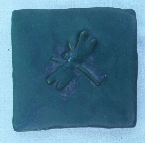 TILE DRAGONFLY ARTIST DESIGNED STUDIO POTTERY COLLECTABLE #4