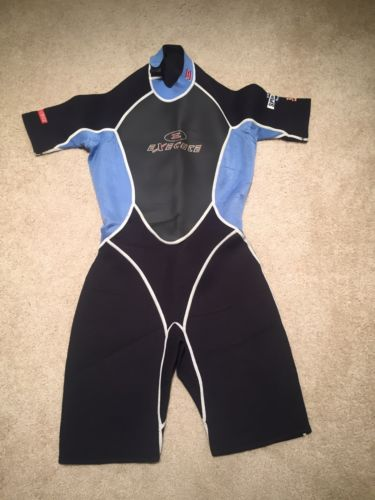 Youth Execute Shorty Aqualite Super Stretch Neoprene Wetsuit Size XL  3x2mm