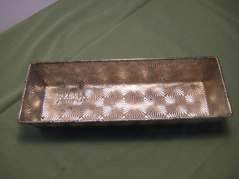 Vintage ovenex starburst  design loaf pan 13 in N-640 USA tin  good shape!!