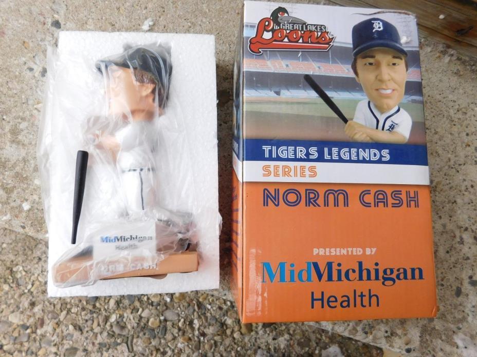 NORM CASH 2010 LEGEND SERIES DETROIT TIGERS BOBBLE HEAD W/BOX MINT