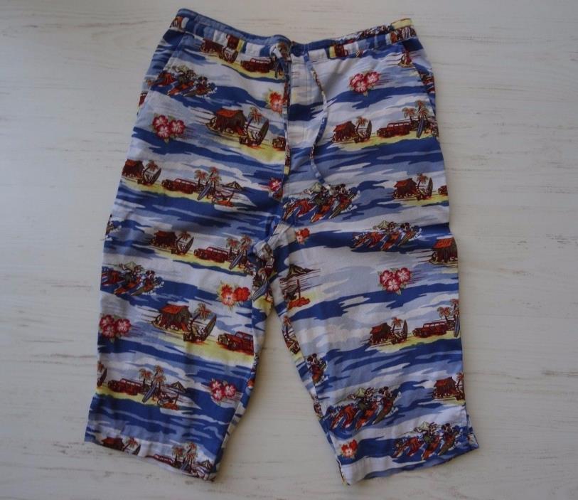 Disneyland Resort Womens Capri Mickey Mouse Surf Crop shorts Pants size S