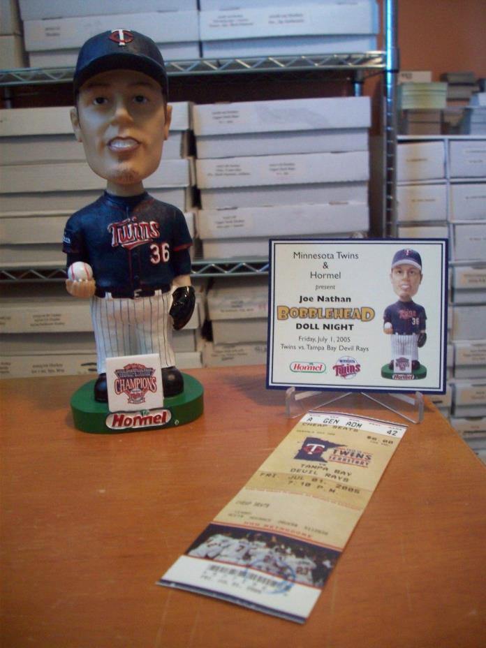 Joe Nathan Minnesota Twins 7/1/2005 Bobblehead Stadium Giveaway SGA w/Card L@@K