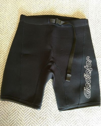 Gladiator diving scuba snorkeling wet suit black shorts size 14 Youth