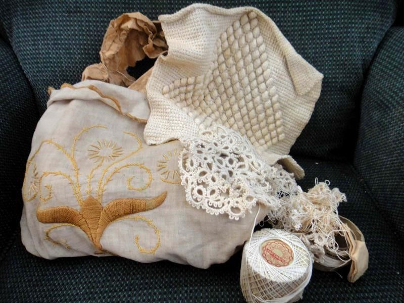 antique victorian HANDIWORK LACE  CROCHET+STRING+BAG