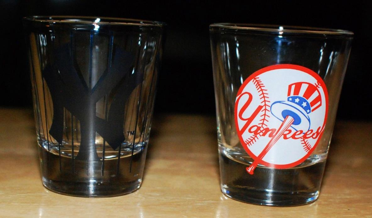 Lot Of (2) NEW YORK YANKEES 2 oz. Shot Glasses MLB BASEBALL Really Nice
