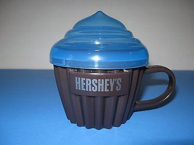 HERSHEY'S Cupcake Holder