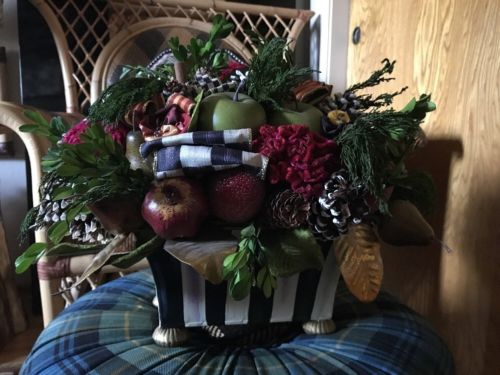 WOW PRICE! MACKENZIE-CHILDS COURTLY CHECK STRIPE HOLIDAY CENTERPIECE! RETIRED!