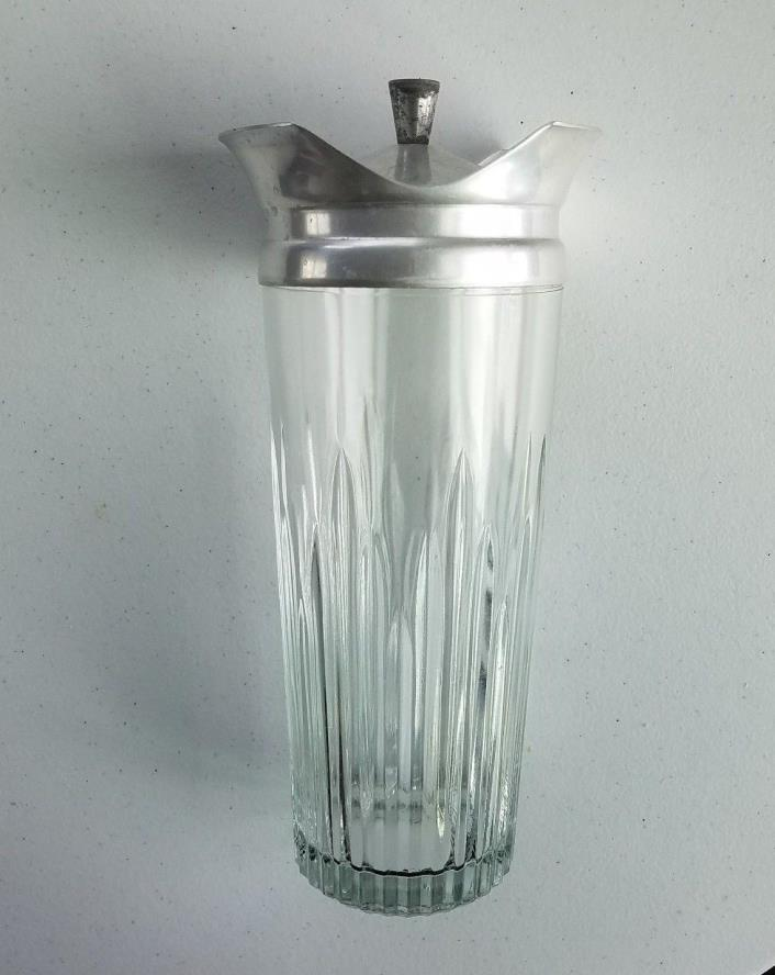 Vintage MID-CENTURY INDIANA GLASS COCKTAIL SHAKER Cocktailor