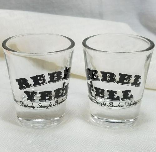 REBEL YELL Kentucky Straight Bourbon Whiskey / Clear Shot Glass Black Lettering