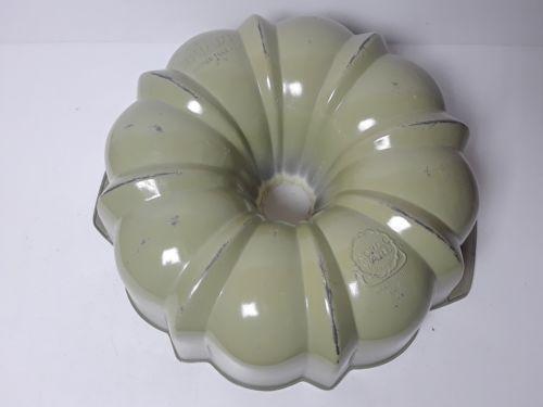 Vintage Green Nordic Ware