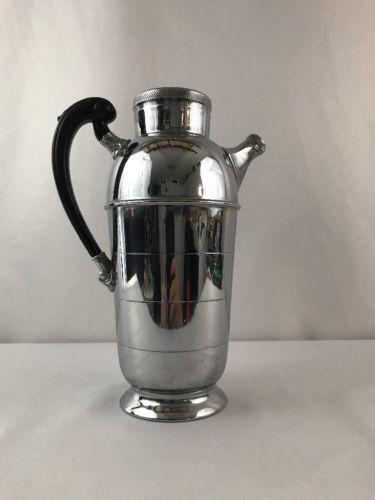 Farber Bros. Art Deco Cocktail Shaker Krome Kraft Bakerlite Handle