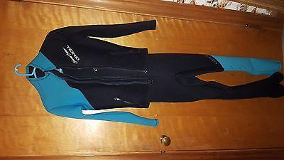 O'Neill Summer Breeze, Full Body Wet Suit  w/Jacket (M)