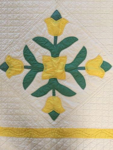 Beautiful Antique Tulip Appliqué Quilt