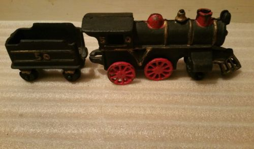 Vintage Toy Cast Iron Train Set Caboose & Coal Car