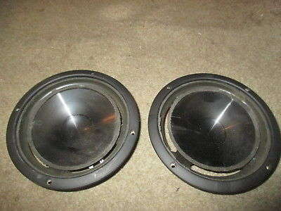 INFINITY REFERENCE TWO WOOFERS