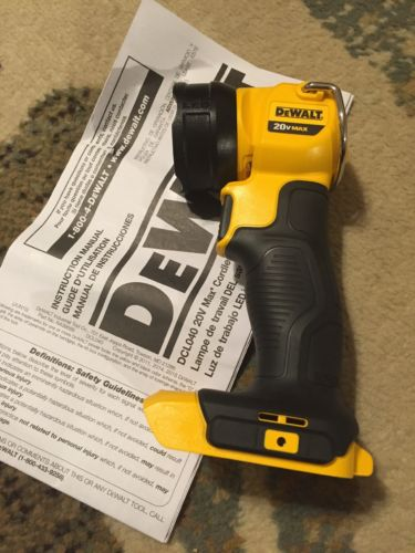 New Dewalt DCL040 20V Max Led Flashlight Jobsite Pivoting Li-ion Worklight