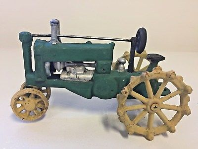 VINTAGE JOHN DEERE TRACTOR HEAVY CAST IRON TOY FARMER GREEN YELLOW COLLECTOR