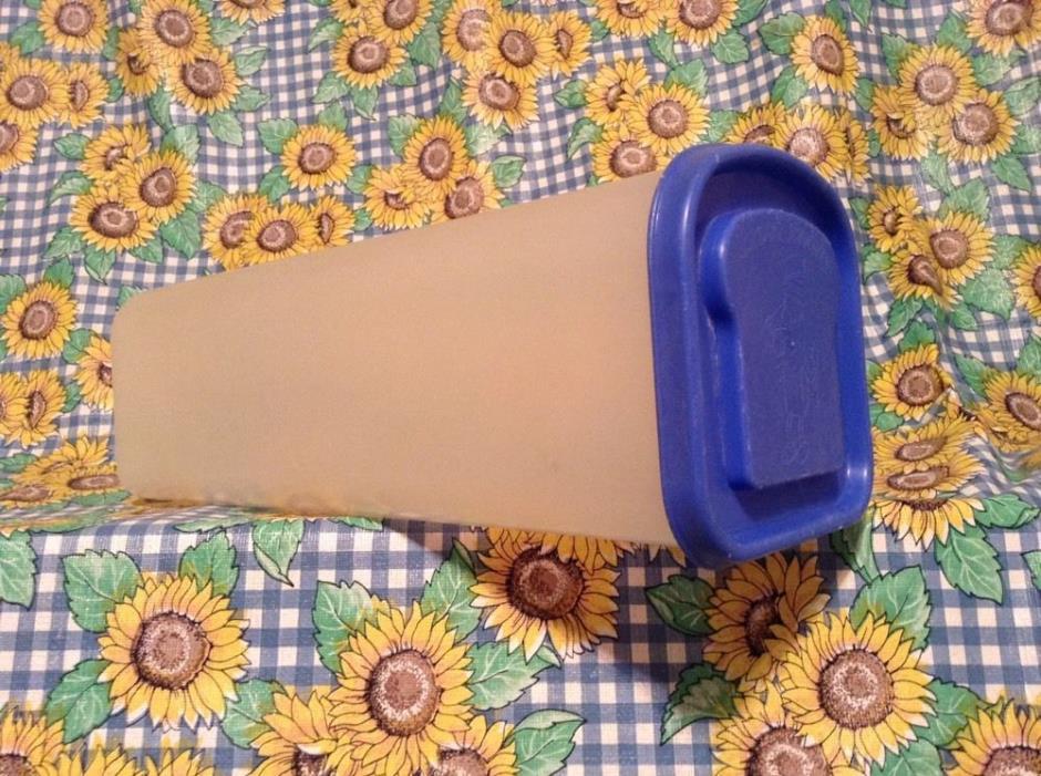 Buddeez Sandwich Size Bread Buddy Holder/Dispenser