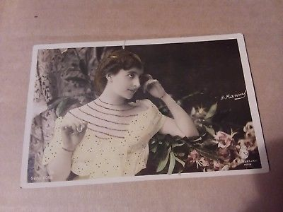 VINTAGE PHOTO POSTCARD - WOMAN IN PARIS - SIGNED 1906