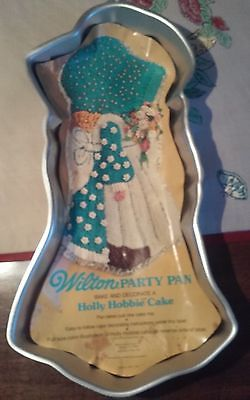 Wilton Cake Party Pan Holly Hobbie 1975 w/ paper Insert  STOCK # 2105-778